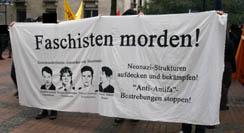 Plakat auf der Antifademo zum 1.9. in Dortmund